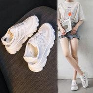 网纱透气镂空休闲运动小白鞋